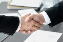 金融機関による協調手形割引スキームの立案・実行支援