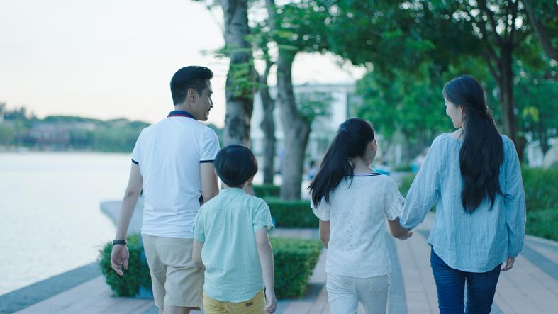 同族会社でなんとなく連帯保証人になった、妻と子ども二人