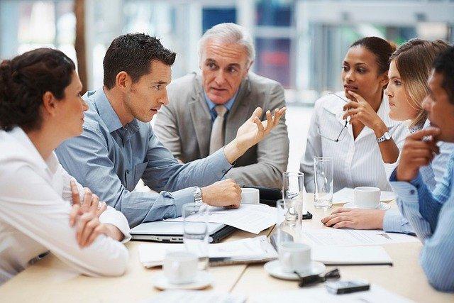 事業再生における家族会議